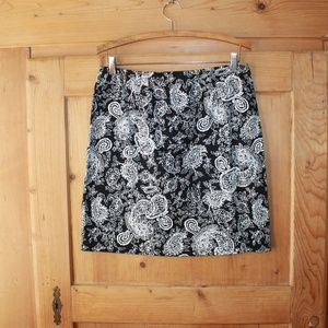 Lauren Ralph Lauren Black/Whte Mini Skirt, Sz 8